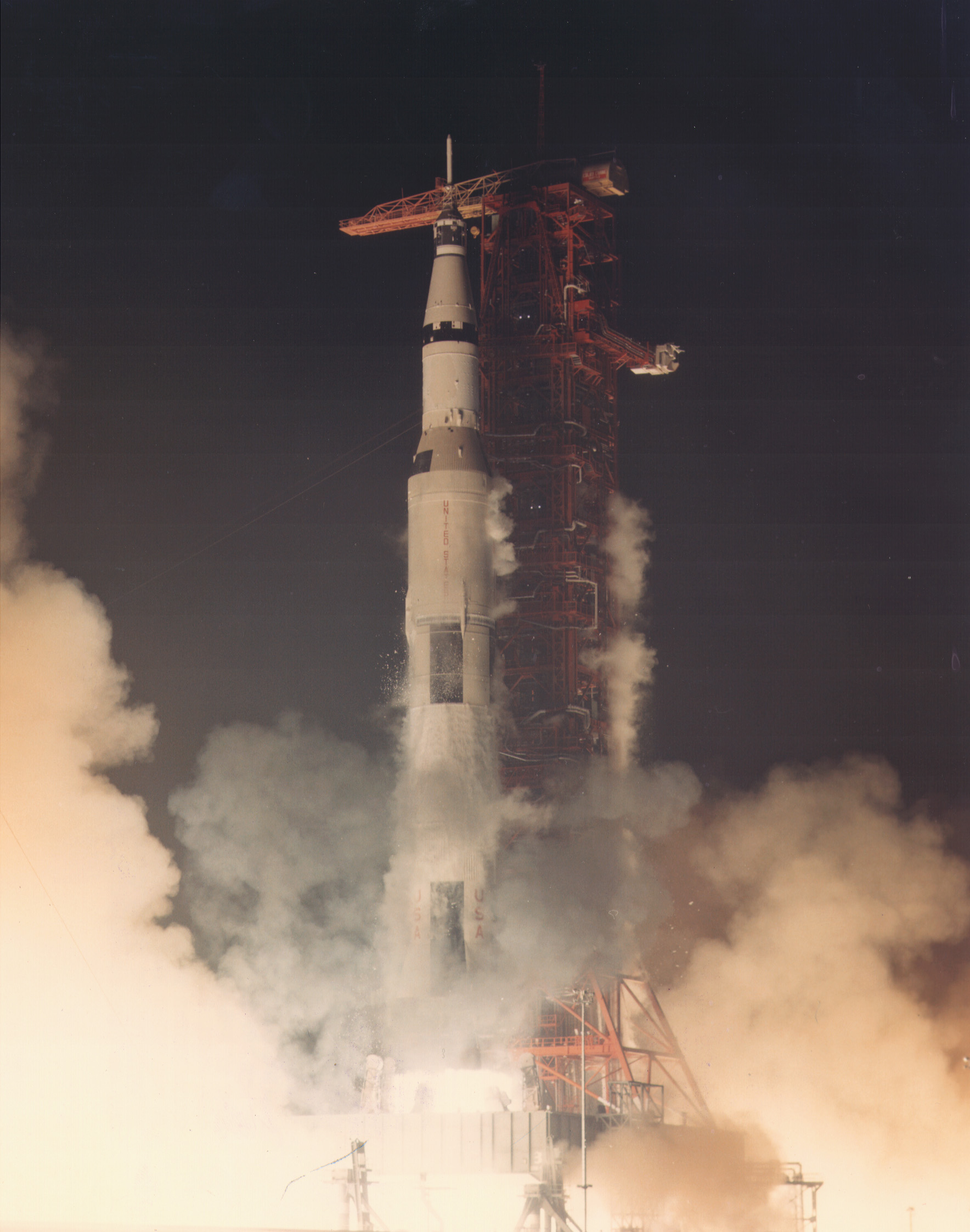 Apollo_17_launching